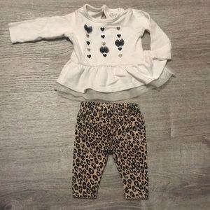 Newborn 2-piece outfit